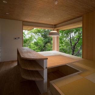 Foto de comedor de cocina de estilo zen pequeño