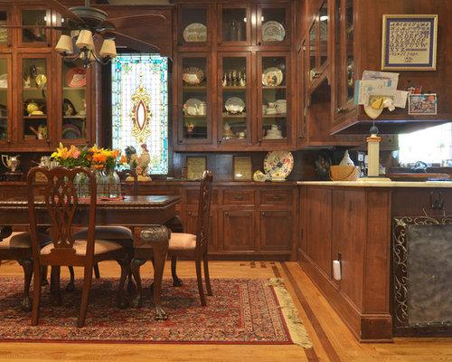 Victorian Kitchen Dining Combo Idea In Dallas With Medium Tone Hardwood Floors