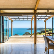 9 Holiday Homes Built for Summer by the Sea
