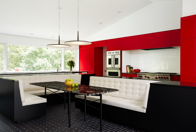 Contemporary Dining Room by CITYDESKSTUDIO, Inc.