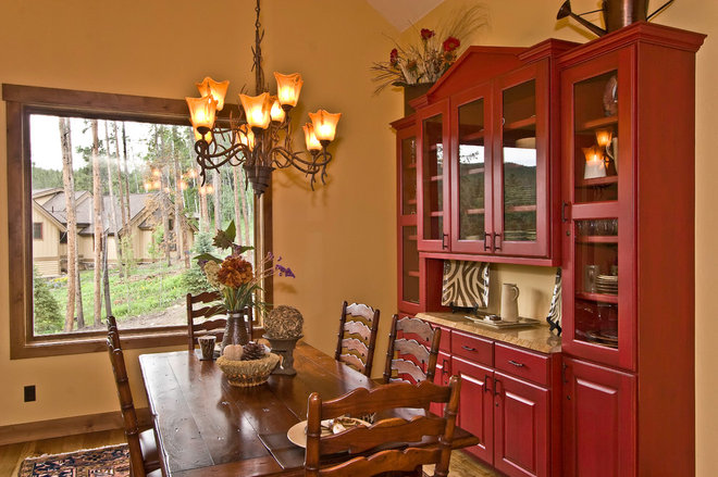 Traditional Dining Room by Chris Searles / Reece and Nichols Realtors