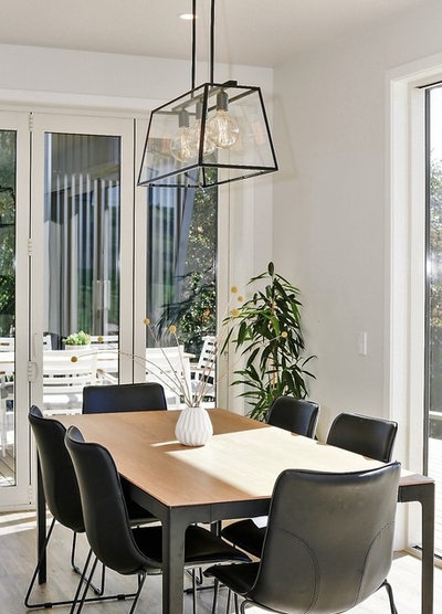 Contemporary Dining Room by Juliet Coleman Interior Design