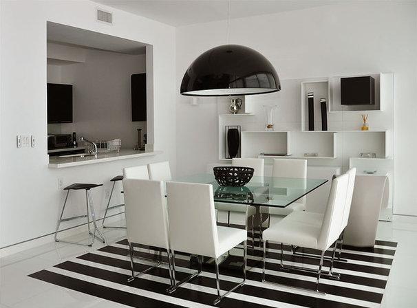 Modern Dining Room by Jonathon B. Myers, Inc.