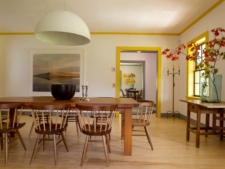 Farmhouse Dining Room by Rafe Churchill: Traditional Houses
