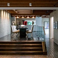 Midcentury Dining Room by Bernbaum-Magadini Architects