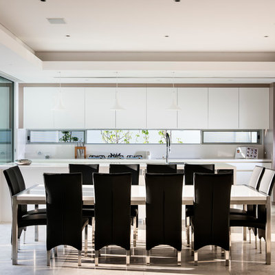 Great room - contemporary great room idea in Perth