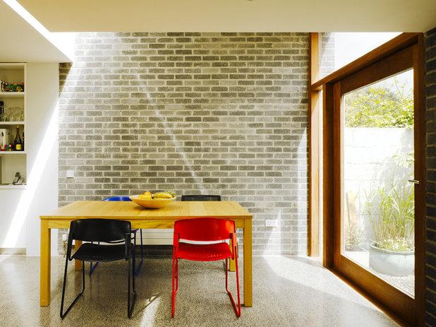 Minimalistisch Esszimmer by Ronan Rose Roberts Architects
