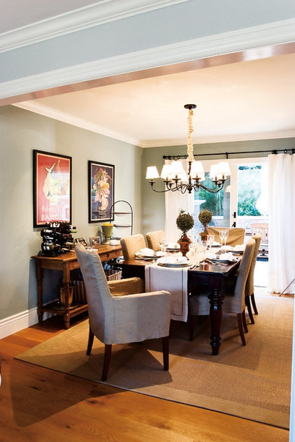 Traditional Dining Room by Mahoney Architects & Interiors