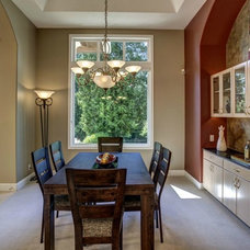Traditional Dining Room by Seattle Staged to Sell and Design LLC