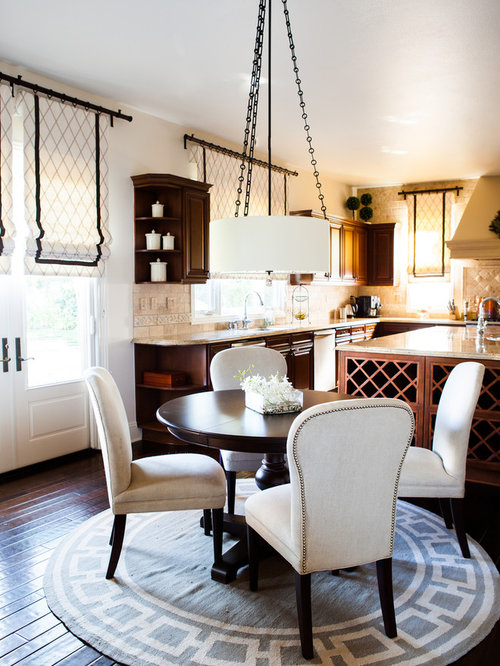 Example Of A Classic Kitchen/dining Room Combo Design In Los Angeles