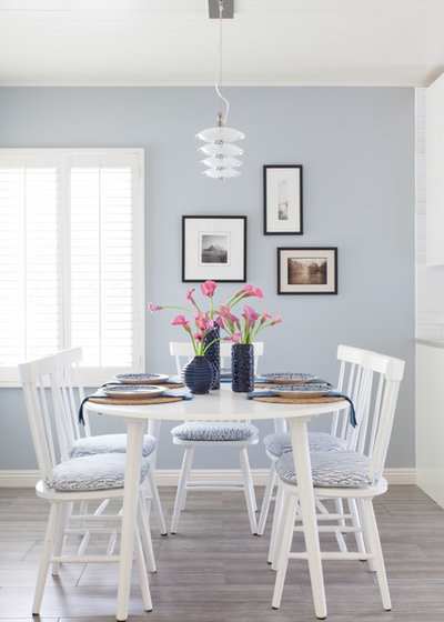 Beach Style Dining Room by Rande Leaman Interior Design