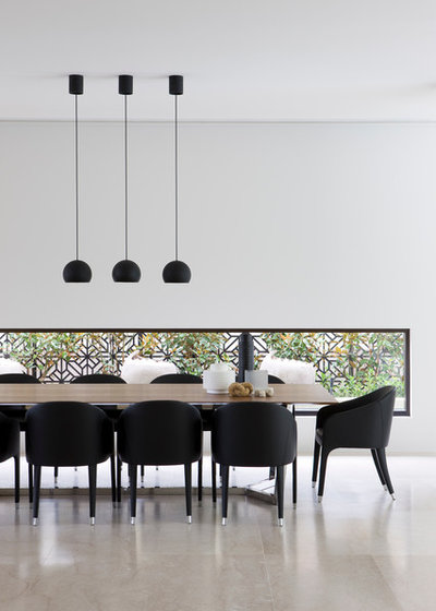 Modern Dining Room by Rob Mills Architecture & Interiors