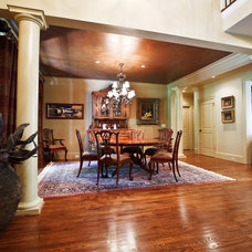 Traditional Dining Room by Toulmin Homes