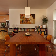 Modern Dining Room by David Coleman / Architecture
