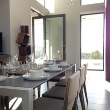 Modern Dining Room by Mark English Architects, AIA