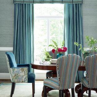 Idee per una sala da pranzo classica con pareti blu