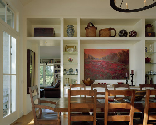 Traditional Medium Tone Wood Floor Dining Room Idea In Seattle