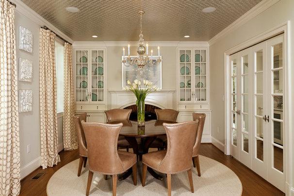 Traditional Dining Room Traditional Dining Room