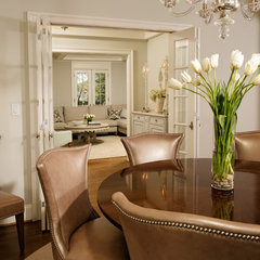 traditional dining room by Erin Hoopes