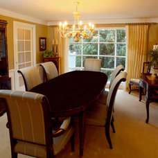 Traditional Dining Room by Lisa Purdy