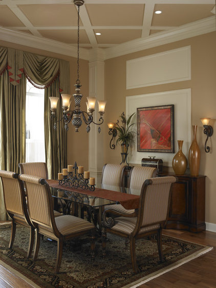 Traditional Dining Room by ie: Designs