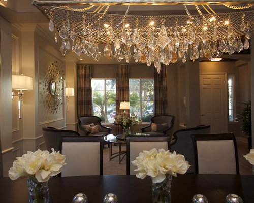 Example Of A Classic Dining Room Design In San Diego