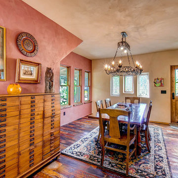 Traditional Home American Clay Plaster Walls
