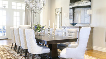 Transitional Classic Dining Room