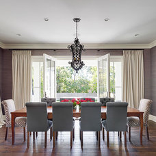Transitional Dining Room by Lewis Giannoulias (LG Interiors)