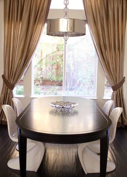 Contemporary Dining Room by Nina Jizhar