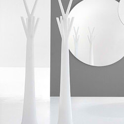 Tree Light - Coat Rack - The Tree clothes hanger becomes Tree Light, a floor lamp with the same natural lines. A lighting object available in white and created in plastic material. Uses a fluorescent bulb.