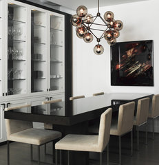 modern dining room by SchappacherWhite Ltd.