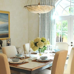 This is an example of a tropical dining room in Miami.