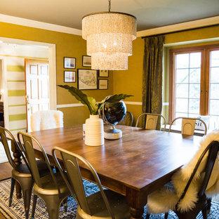 Design ideas for a retro dining room in Columbus.