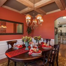 Traditional Dining Room by Cynthia Walker Photography