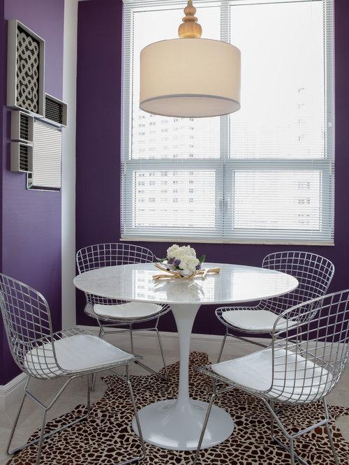 moderne esszimmer mit lila wandfarbe ideen design. Black Bedroom Furniture Sets. Home Design Ideas