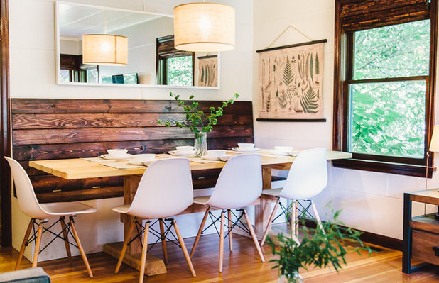 Farmhouse Dining Room by To M A R K E T staging + redesign