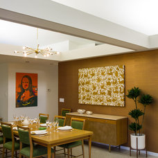 Midcentury Dining Room by Eugenia Photography