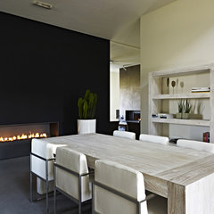 modern dining room by VF exclusive furniture