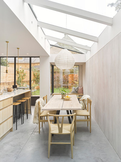 Contemporary Dining Room by IQ Glass UK