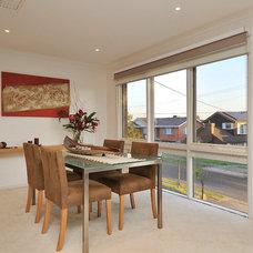 Modern Dining Room by in8HomeOfficeLifeOrganising