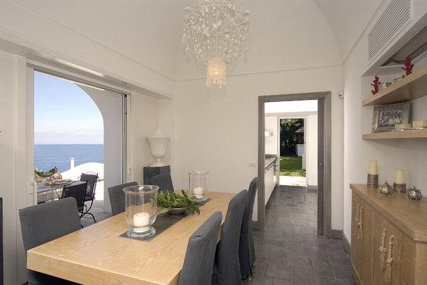 Mediterranean Dining Room by Fabrizia Frezza Architecture & Interiors
