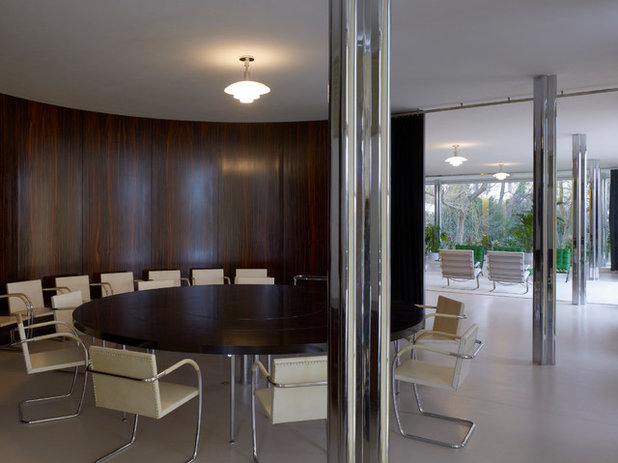 Modern Dining Room Villa Tugendhat