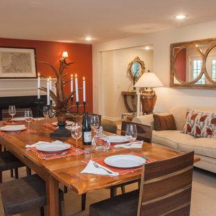 Diseño de comedor rural, de tamaño medio, cerrado, con paredes marrones, suelo de madera en tonos medios, chimenea tradicional y marco de chimenea de yeso