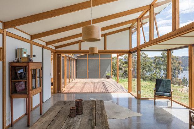 Modern Dining Room by ehabitat