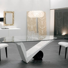 Contemporary Dining Room by RoomService 360