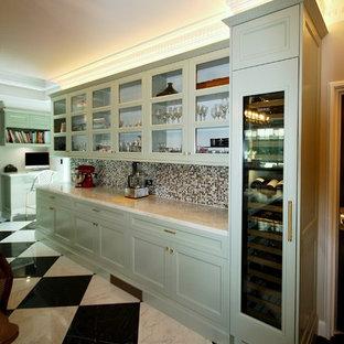 シドニーの広いトラディショナルスタイルのおしゃれなLDK (白い壁、大理石の床、暖炉なし、石材の暖炉まわり、白い床) の写真