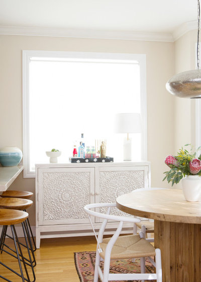 Eclectic Dining Room by Sun Soul Style