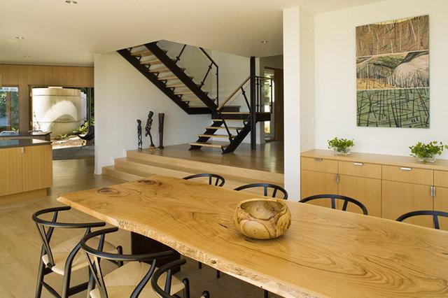 Modern Dining Room by Warmington & North