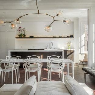 Ispirazione per una sala da pranzo aperta verso il soggiorno contemporanea con pareti bianche e parquet scuro
